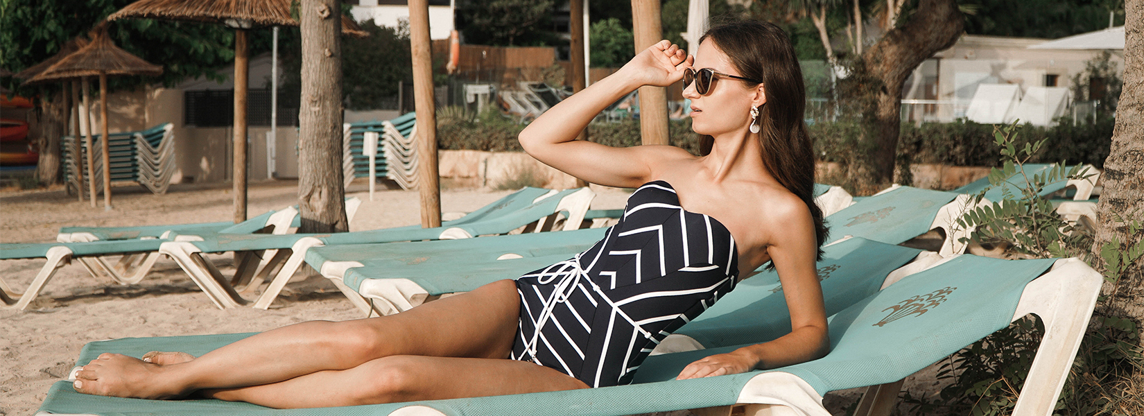 Lookbook: 3 Late Summer Outfits For  Your September Getaway