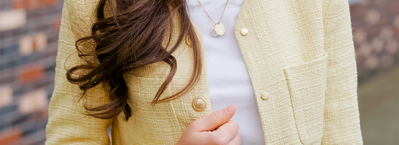 Yellow Bouclé Blazer:A Classic Fashion Piece For Spring
